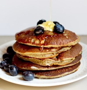 Simple Banana Oatmeal Pancakes
